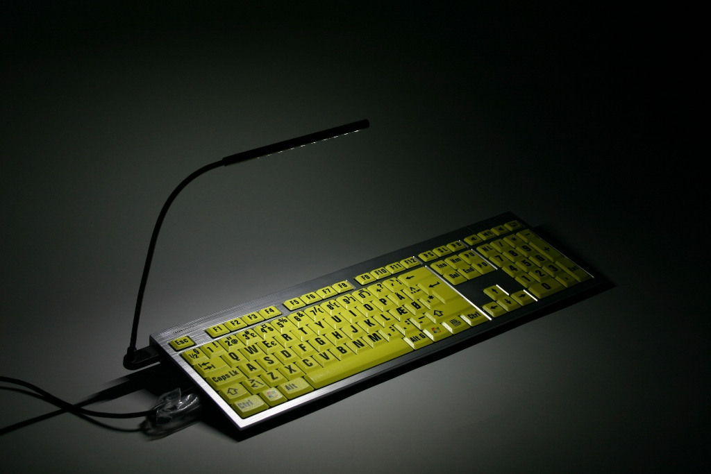 LOGICLIGHT USB LED KEYBOARD LAMP BLACK